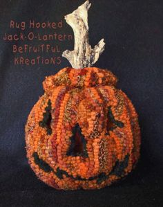 Dimensional Rug Hooked Jack O Lantern Halloween Jack, Holidays Halloween, Pumpkin Patterns, Holiday Images, Hand Hooked Rugs, Craft Punches, Wool Rugs, Penny Rugs, Quilted Pillow