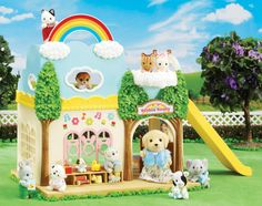 "Calico Critters - Pouponnière arc-en-ciel - International Playthings - Toys""R""Us Rainbow Nursery, Rainbow Theme, Rainbow Toys, Toys R Us, Dollhouse Accessories, Doll Accessories, Baby Jungle Gym, Sonny Angel, Animal Rescue Site"