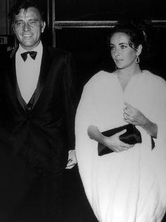 Lors d'une soirée, aux États-Unis, dans les années 1960.