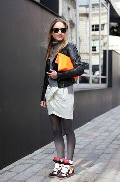 edge sneaker + skirt
