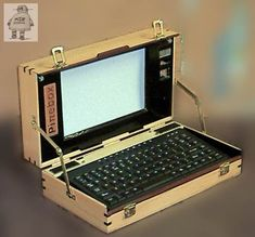 Pinebox Portable Computer Case 1 - Woodworking - With Tux the Linux penguin on the top! Wood Computer Case, Computer Shop, Top Computer, Raspberry Pi Computer, Learn Robotics, Blender Models, Computer Projects, Raspberry Pi Projects, Pc Cases