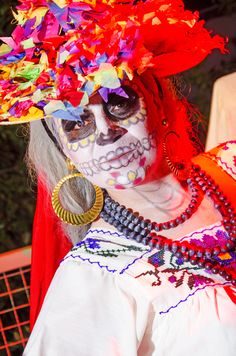 Each year, the Springs Preserve hosts a #DiaDeLosMuertos celebration honoring the 3,000 year old tradition to honor the memory of lost loved ones. This #familyfriendly event in #LasVegas combines beautiful costumes with art exhibits, live theater and dance performances and festive decorations.