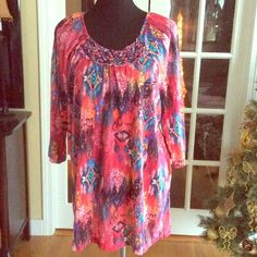 Multi Print Top sz 2x Nice print on this 3/4 sleeve top light weight and stylish has braided detail near neckline. NWT White Stag Tops