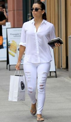 6332c6207db45 Eva Longoria wearing  YSFlipFlops! Jeans Button