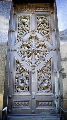 Perfect door