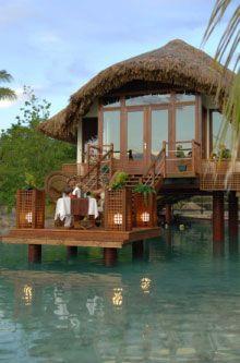 Honeymoon in Bora Bora!