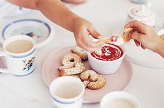 Raspberry yoghurt with dipping biscuits