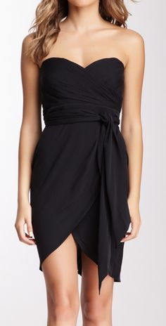 Love this LBD - super flattering silhouette