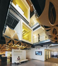 Creative Office Interior Design -  AUTODESK´S HOME