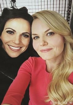 Awesome Lana and Jen (Regina and Emma) #Once #BTS Once S5 #StevestonVillage…