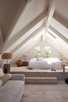 Schlafen im Dach. Dachausbau