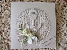 First Communion Decorations, First Communion Cards, First Communion Invitations, First Holy Communion, Card Basket, Baby Shower Baskets, Baptism Gifts, Cute Cards, Christening