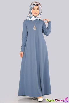 Open Indigo Hijab Dress with Necklace Abaya Fashion, Skirt Fashion, Fashion Outfits, Muslim Women Fashion, Islamic Fashion, Mode Abaya, Mode Hijab, Abaya Designs, Dress Designs