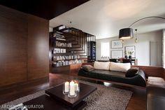 Aranżacja salonu co decyduje o wygodzie salonu i jego atrakcyjności. Salon to wizytówka mieszkania. Podpowiadamy, na jakie czynniki zwrócić uwagę w aranżacji salonu. Jak urządzić salon bez błędów. W galerii - 25 ZDJĘĆ SALONÓW - inspiracje na aranżacje w różnym stylu.