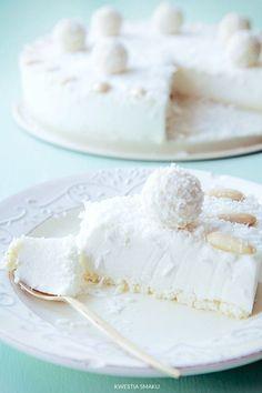 No-bake raffaello cheesecake Sweet Recipes, Cake Recipes, Dessert Recipes, Delicious Desserts, Yummy Food, Coconut Cheesecake, Kolaci I Torte, Custard Cake, Sweet Pastries