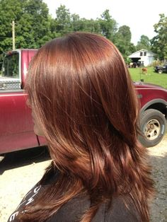 Hair Color Ideas For Brunettes Shades Red Hair Color Black Women Hair Color Idea. - Old - Haarfarben Brown Auburn Hair, Red Brown Hair, Hair Color Auburn, Hair Color For Black Hair, Copper Brown Hair, Brown Hair With Lowlights, Maroon Hair, Hair Color For Women, Hair Color Balayage