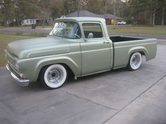 I honestly am keen on this colour for this car Vintage Pickup Trucks, Classic Pickup Trucks, Old Ford Trucks, Trucks Only, Cool Trucks, Bristol, F100 Truck, Hot Rod Pickup, Trucks And Girls