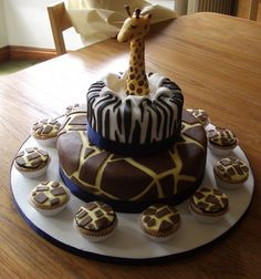 giraffe cake by andrea@eatmycake.biz, via Flickr
