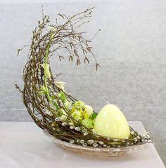 Billedresultat for Oka Hiroyuki Monograph Easter Flower Arrangements, Easter Flowers, Spring Flowers, Floral Arrangements, Easter Table, Easter Eggs, Diy Ostern, Festa Party, Deco Floral
