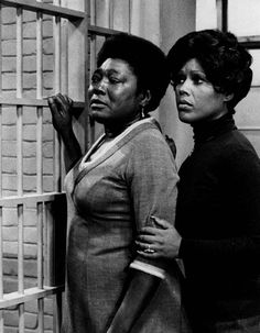 Esther Rolle & Ja'net DuBois, friends, cast mates, Actresses, Social Activists, and members of Zeta Phi Beta Sorority.