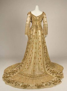 1907 opera gown