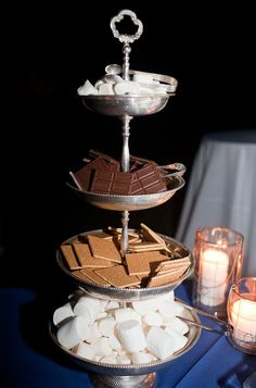 Such a simple and chic way to display a DIY s'mores station