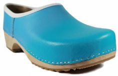 Hellblau spiegelt den Sommer wieder.  Ein Farbton der seines gleichen noch sucht.