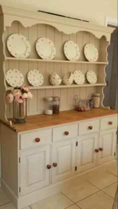 Welsh dresser How To Make Sofa, Decor, Kitchen Dresser, Painted Furniture, Kitchen Design, Country Cottage Decor, Furniture, Shabby Furniture, Home Furnishings