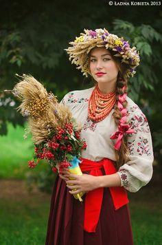 eastern european folk clothing - Google-Suche