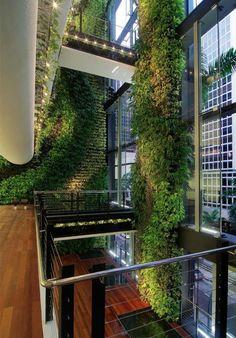Interior de edificio de oficinas (Singapur)