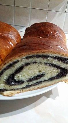 Nem csak karácsonykor! Mákos bejgli! - Ketkes.com Hungarian Cake, Food Photography, Bread, Recipes, Cakes, Christmas, Hungary, Eten, Navidad