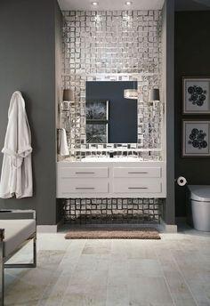 Стильно: металлическая и зеркальная плитка в интерьере