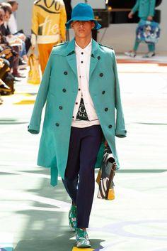 L'uomo della primavera 2015: elegante e frizzante (FOTO)