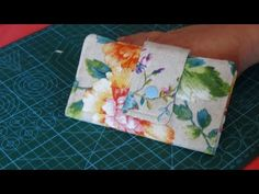 Cositas para vender cartera billetera - YouTube Wallet Sewing Pattern, Sewing Patterns, Diy Crafts Tv, Sew Wallet, Make It Yourself, Embroidery, Blog, Youtube, Rust