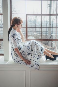 Modern Hanbok, Traditional Fashion, Body Shapes, Korea, Classy, Romantic, Etsy Shop, Pure Products, Flower