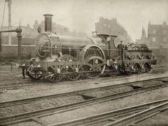 Great Western Railways Broad Gauge Single Car 'Tartar' Locomotive Photographic… Steam Railway, Railroad Photography, Train Art, Old Trains, Train Pictures, Train Engines, Great Western, Vintage Race Car, Beach Landscape