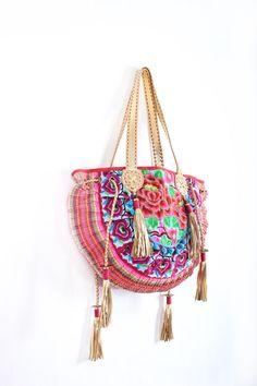 HMONG Tribes Boho Tote Bag #ethniclanna #unique #bohobags #bohemian #handbags #totebags #bagsforwomen #boho #hmong #hmongtribes