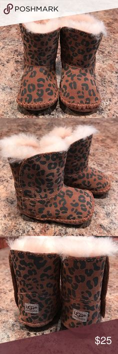 UGG infant boots😊Never been worn☺️ UGG Infant boots😊 Never been worn before. 100% Authentic✔️ Size 0/1. UGG Shoes Baby & Walker