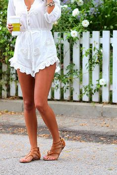 love this white romper #fashion #beautiful #pretty Please follow / repin my pinterest. Also visit my blog http://mutefashion.com/