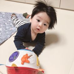 Image may contain: 1 person, child Cute Baby Boy, Cute Little Baby, Little Babies, Cute Kids, Baby Kids, Cute Asian Babies, Korean Babies, Asian Kids, Cute Chinese Baby