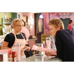 Movie Photos: Hilary Duff and Chad Michael Murray in A Cinderella... ❤ liked on Polyvore featuring movies, a cinderella story, pictures, hilary duff and photos