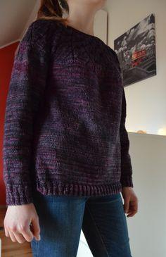 Pleteno z příze  Malabrigo Arroyo, barva Purpuras, spotřeba 400g, vzor Winter sea - Drops design.