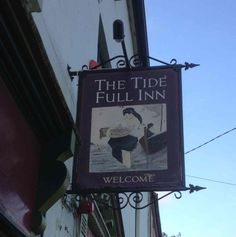 This sign was made 10 years ago for a friend in co Clare. It is a handpainted sign in the town of Kinvara depicting a woman carrying a basket of fish