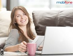 Cũng giống như các nhà mạng viễn thông khác, bên cạnh việc triển khai các chương trình khuyến mãi nạp thẻ, các gói cước gọi thoại, nhắn tin nội, ngoại mạng với nhiều ưu đãi hấp dẫn, nhà mạng Mobifone còn cung cấp đến cho khách hàng rất nhiều dịch vụ truy cập Internet thông qua công nghệ truyền dữ liệu GPRS/EDGE/3G, cho phép người dùng online ngay trên thiết bị di động của mình.