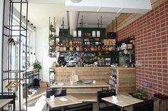 """Restaurant of the week��: """" @bertmansrotterdam """" in Rotterdam. ��. Een leuk ingericht restaurant. Bertmans heeft een heerlijk gezonde kaart met vele keuzes. Meeste gerechten zijn vegan en glutenvrij. Ook wordt er rekening gehouden met mensen met intoleranties en allergieën ���� #bertmans #bio #healthy #food #foodporn #salad #rotterdam #delicious #fittrippin #healthyfood #healthychoices #hotspot #restaurant #lunch #dinner #vegan #tip #fitdutchies #fitfamnl #yummy #foodie #foodgasm #nomnom…"""