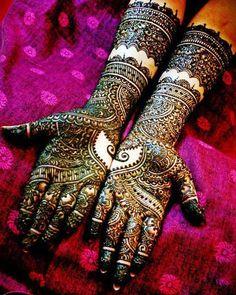 Rajasthani Heavy Mehndi Design