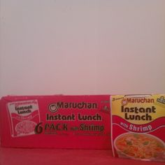 #ShareIG #Hotpink #neonpink #Maruchaninstantluch with #shrimp #noodles #peas #carrots #colorpink #yeollow #brown #black #white #cups #pinkplastic #plastic #threemuintes #seafood #vegetables #lunch #dinner #neon.Love how this is packed up so cute its in the color I love the post pink!#Pinkfood #pinkpackages #pinkpackage #pinkboxes #pinkbox #food #easymeals.