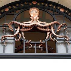 Institut Oceanographique, Paris