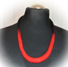 naszyjnik z filcu czerwony czarny - JustKa313 - Naszyjniki średnie