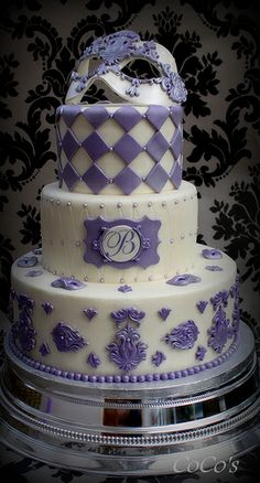 venetian ,damask cake